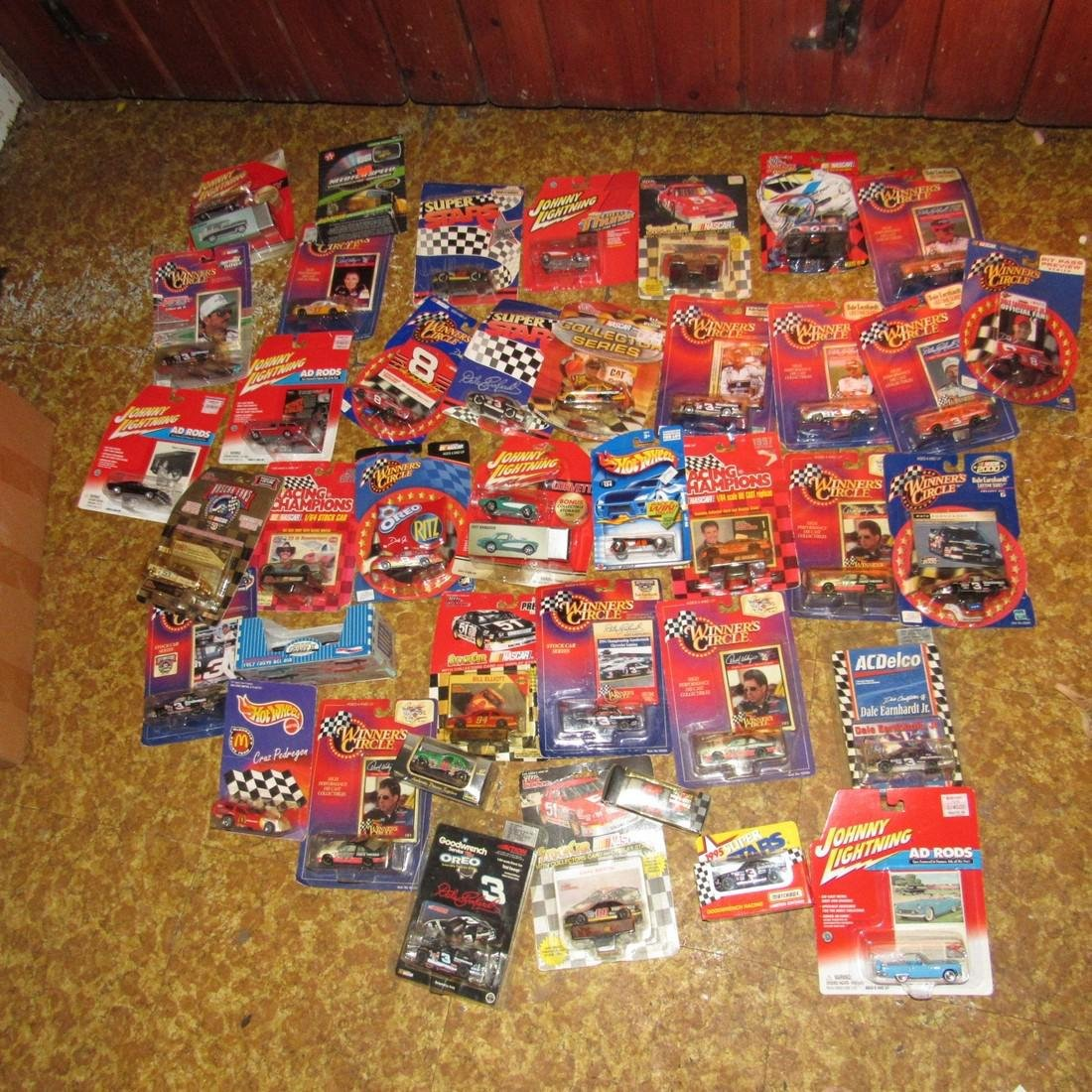 42 Diescast Nascar Racing Cars