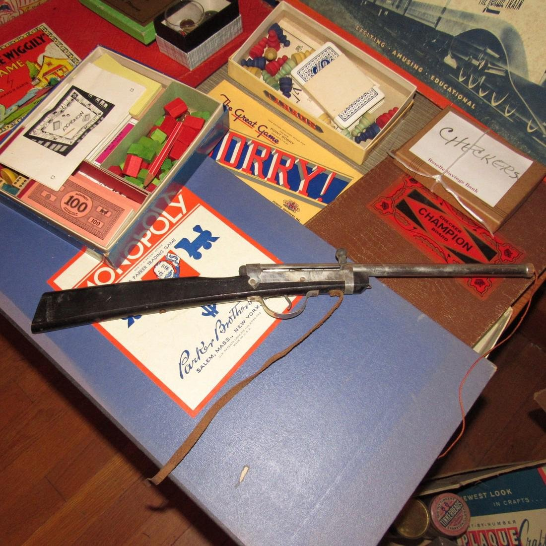 Lot of Vintage Toys Games - 7