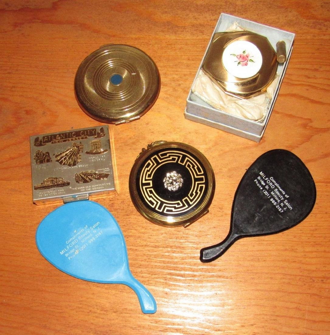 Lot of Compacts incl. Atlantic City NJ Souvenir