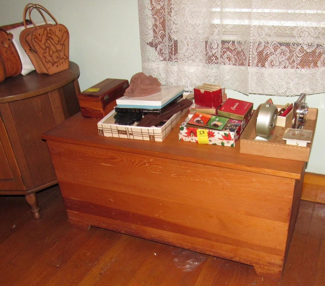 1950's Bedroom Set Vanity Dresser Bed - 3