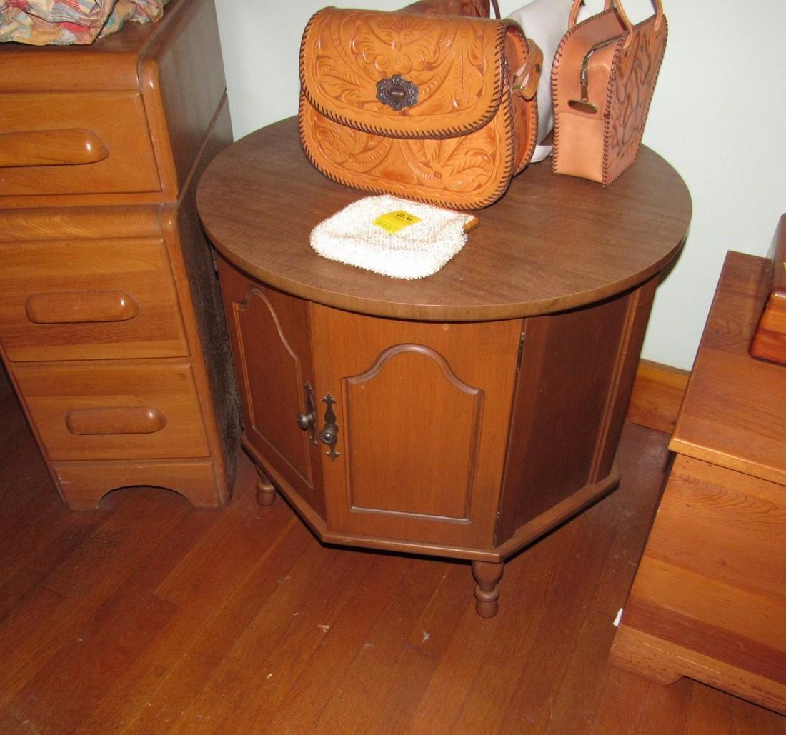 1950's Bedroom Set Vanity Dresser Bed - 4