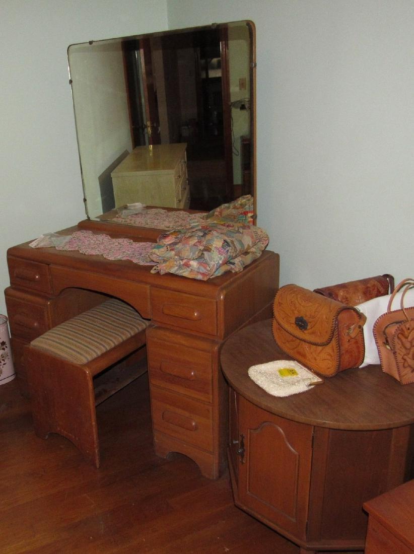 1950's Bedroom Set Vanity Dresser Bed - 5