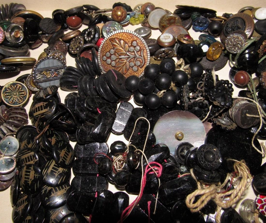 Large Lot of Buttons - 10