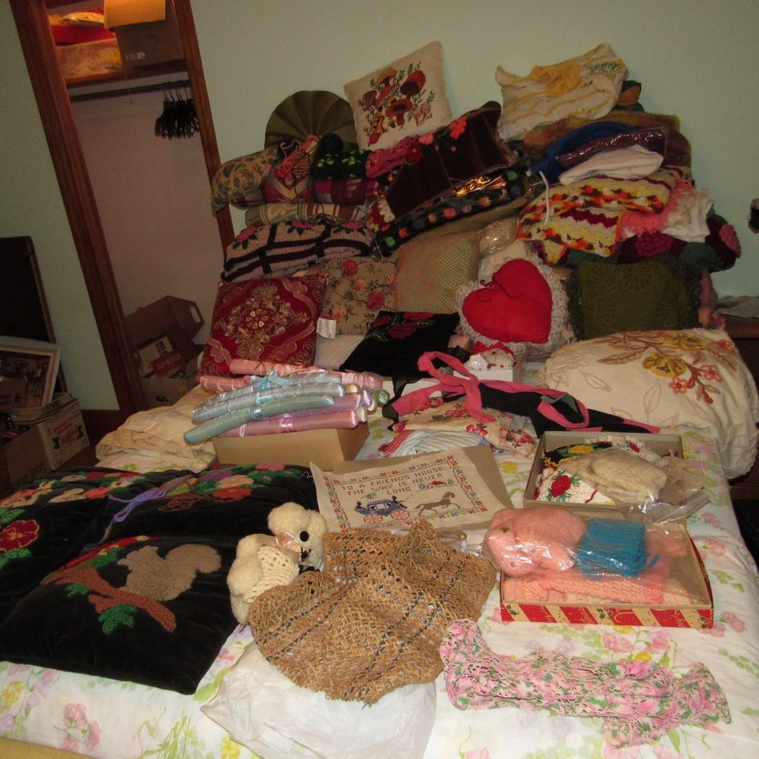 Bedspreads Pillows Blankets Doilies Hangers