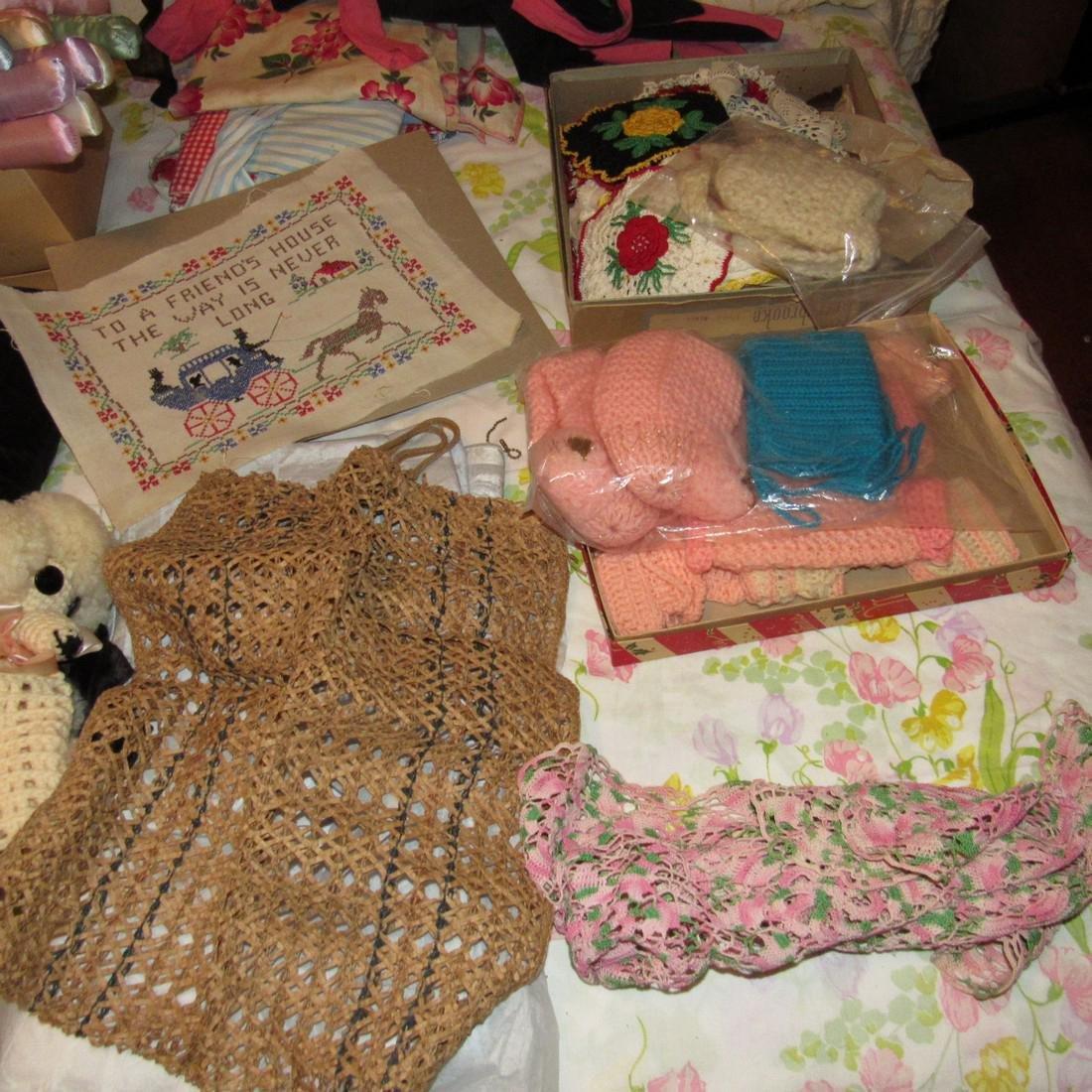 Bedspreads Pillows Blankets Doilies Hangers - 3