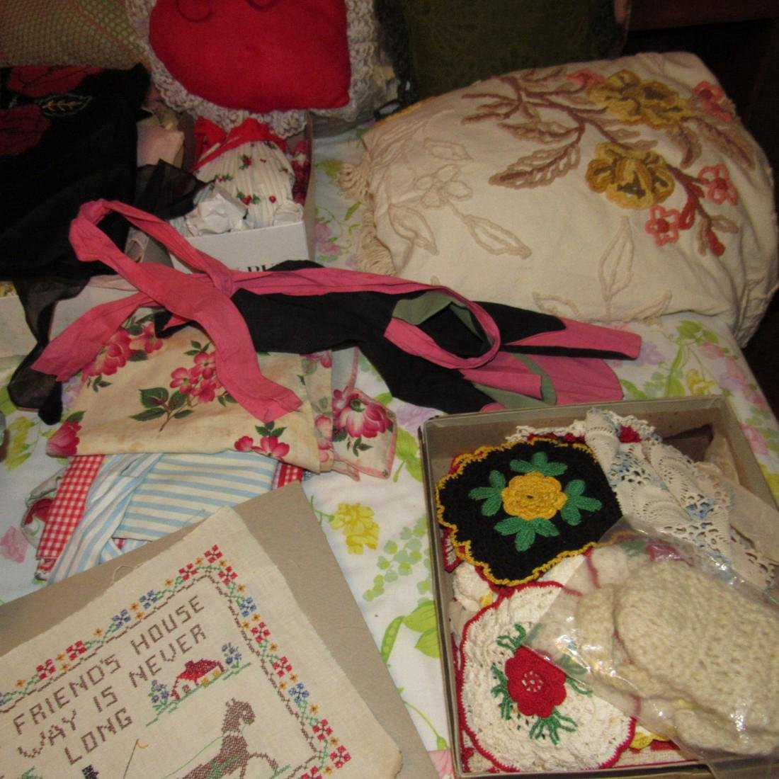 Bedspreads Pillows Blankets Doilies Hangers - 4