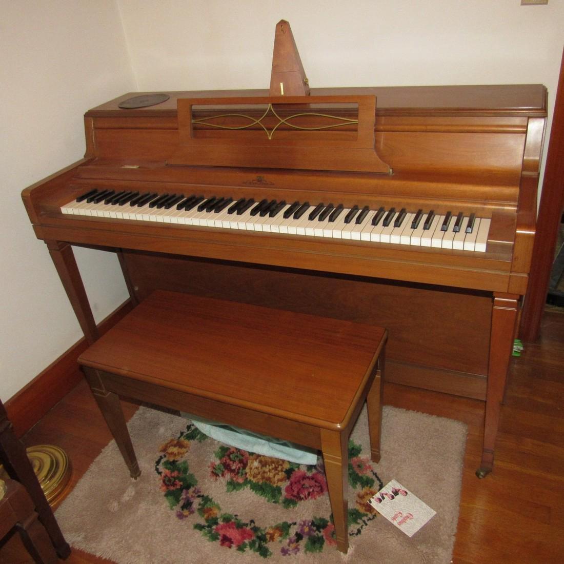 Wurlitzer Piano Bench Seth Thomas Metronome - 2
