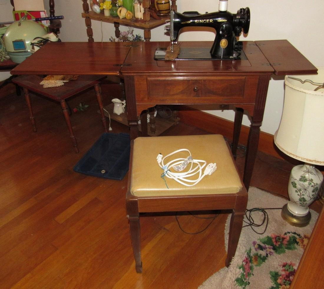 Electric Singer Sewing Machine & Bench