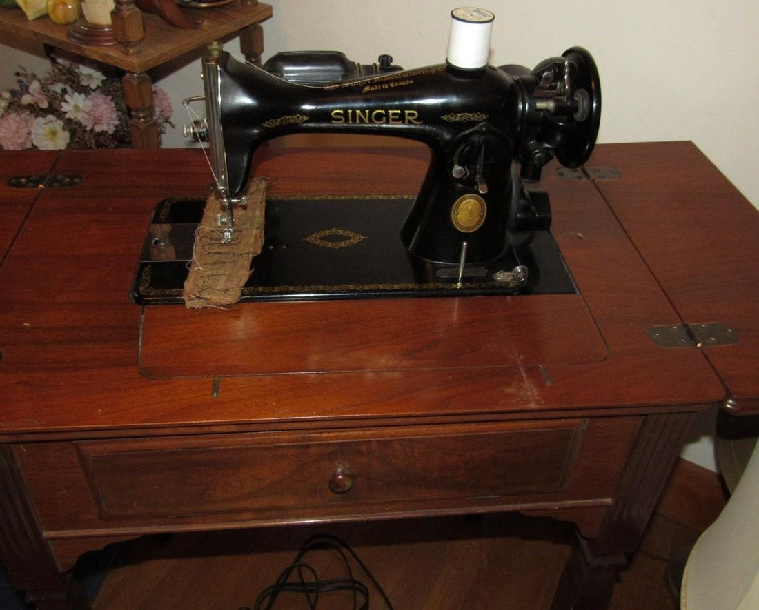 Electric Singer Sewing Machine & Bench - 2