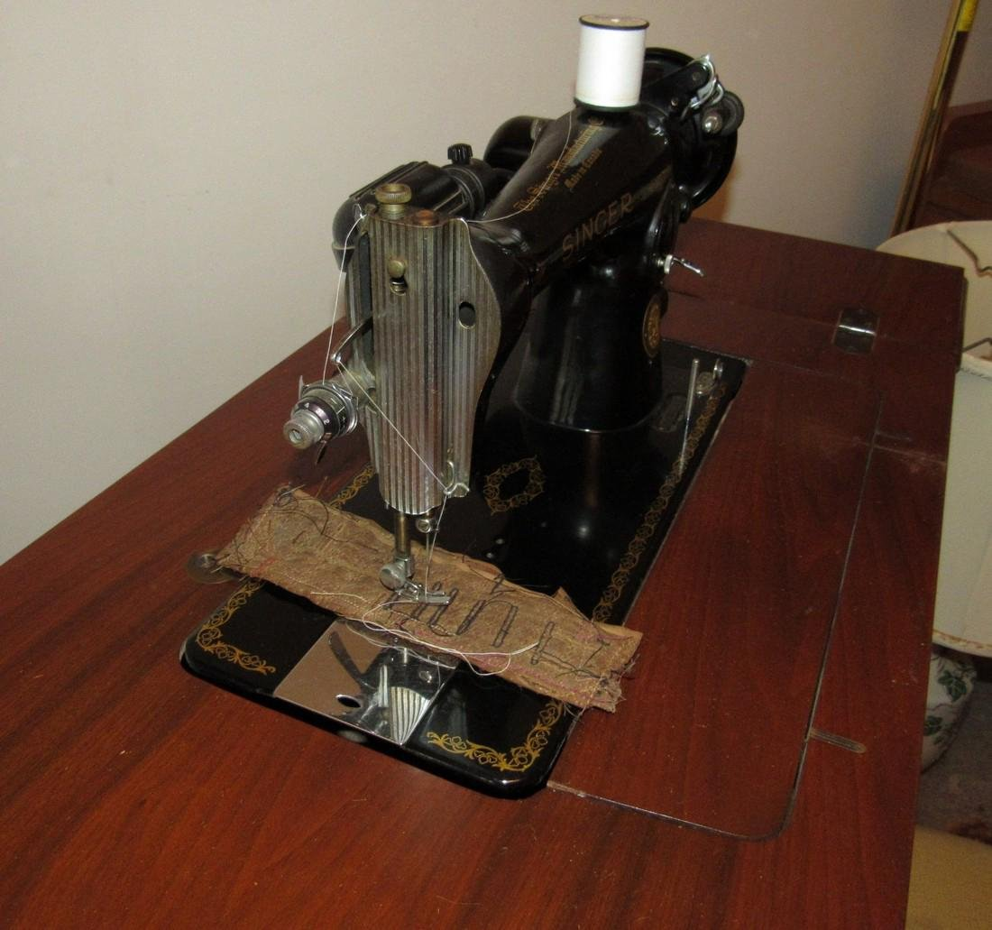Electric Singer Sewing Machine & Bench - 3