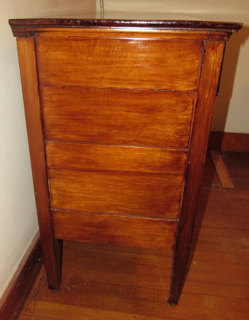 Dresser - 3