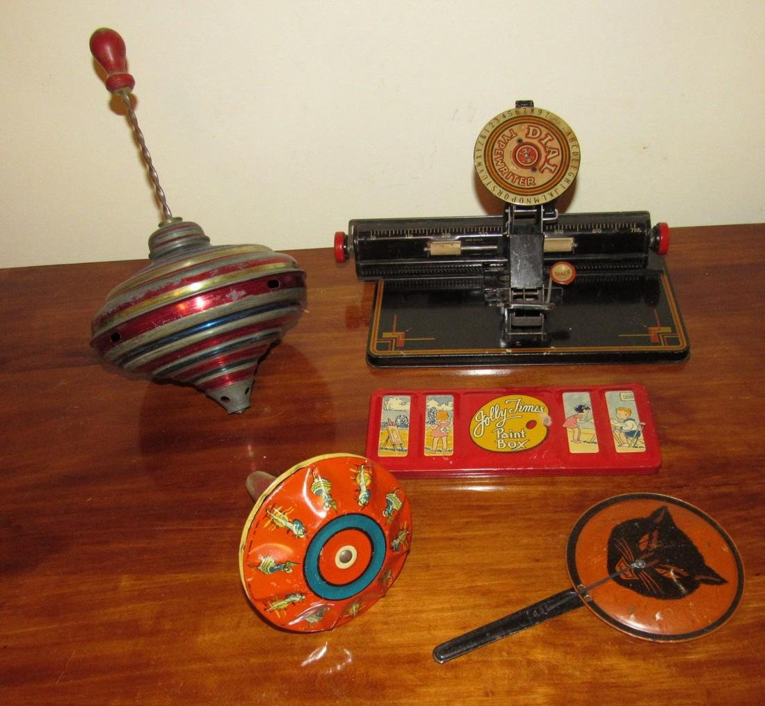 Dial Typewriter Halloween Noisemaker & Top