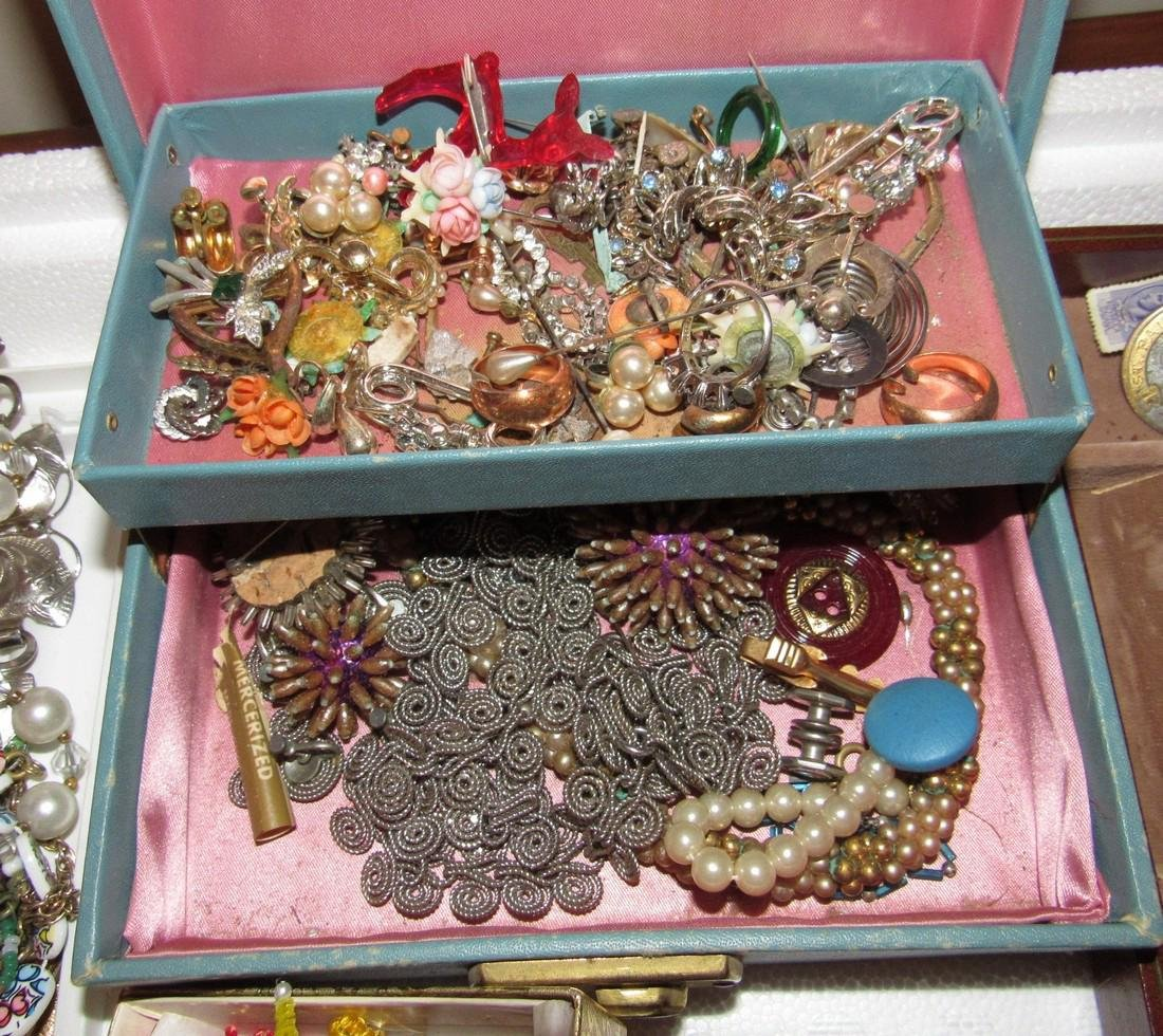 Costume Jewelry Lot Necklaces Bracelets - 2