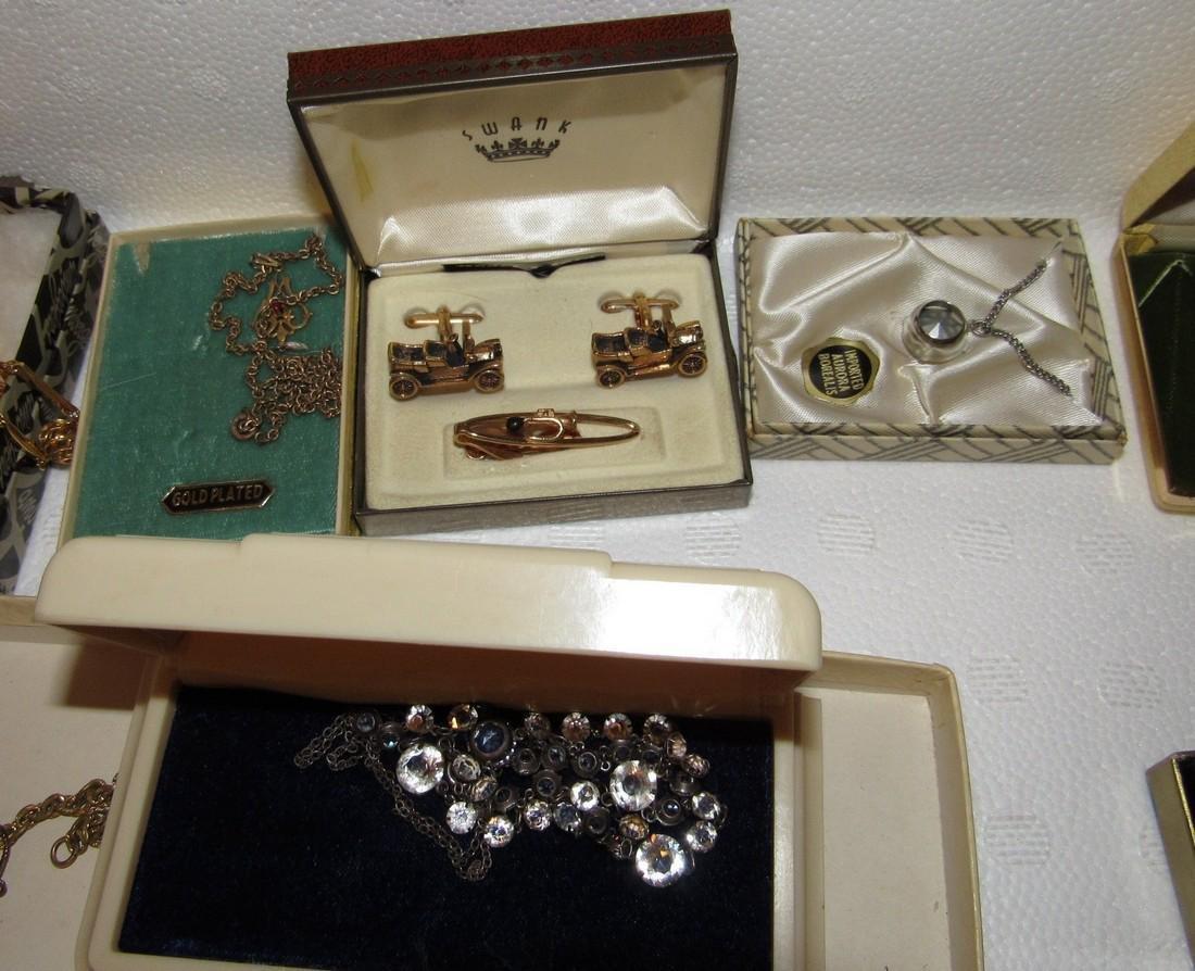 Jewelry Lot Incl Sterling Silver Earrings & Brooch - 3