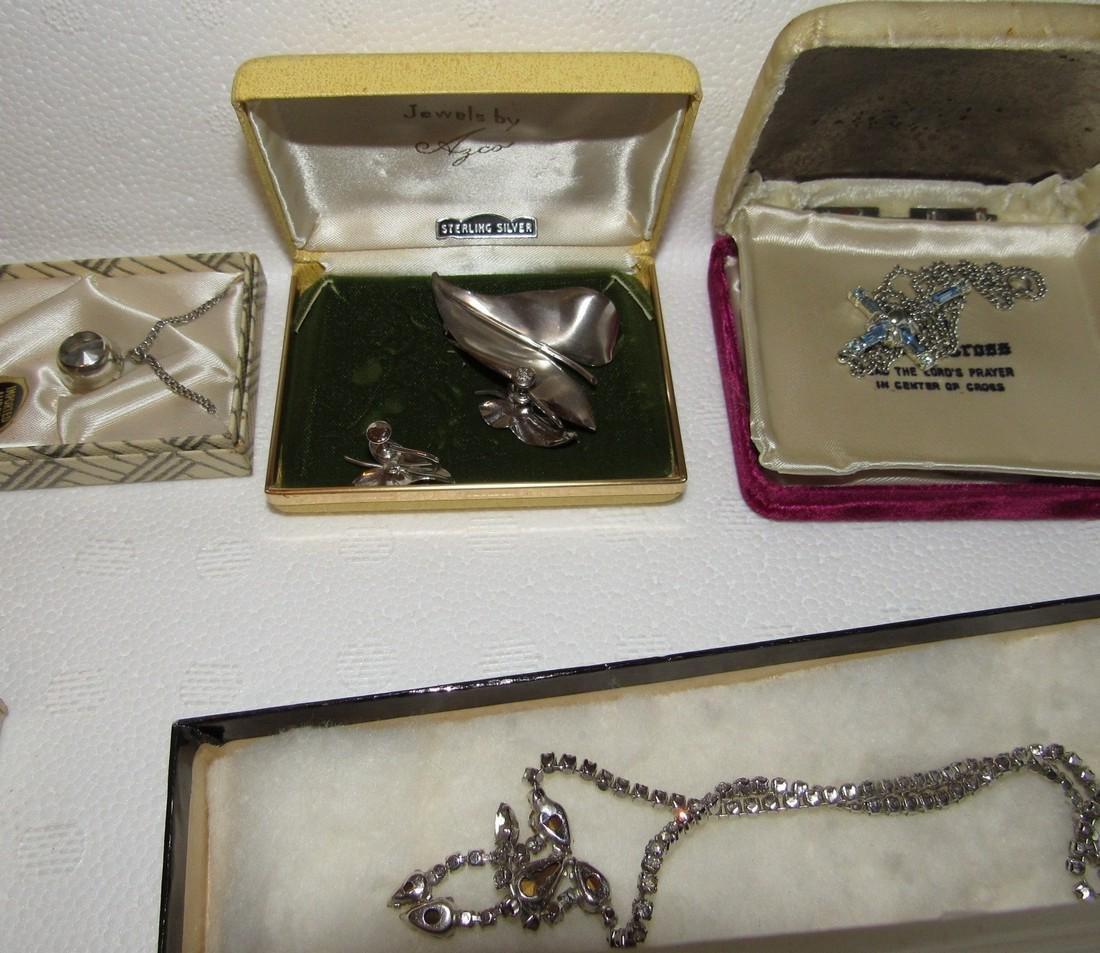 Jewelry Lot Incl Sterling Silver Earrings & Brooch - 4