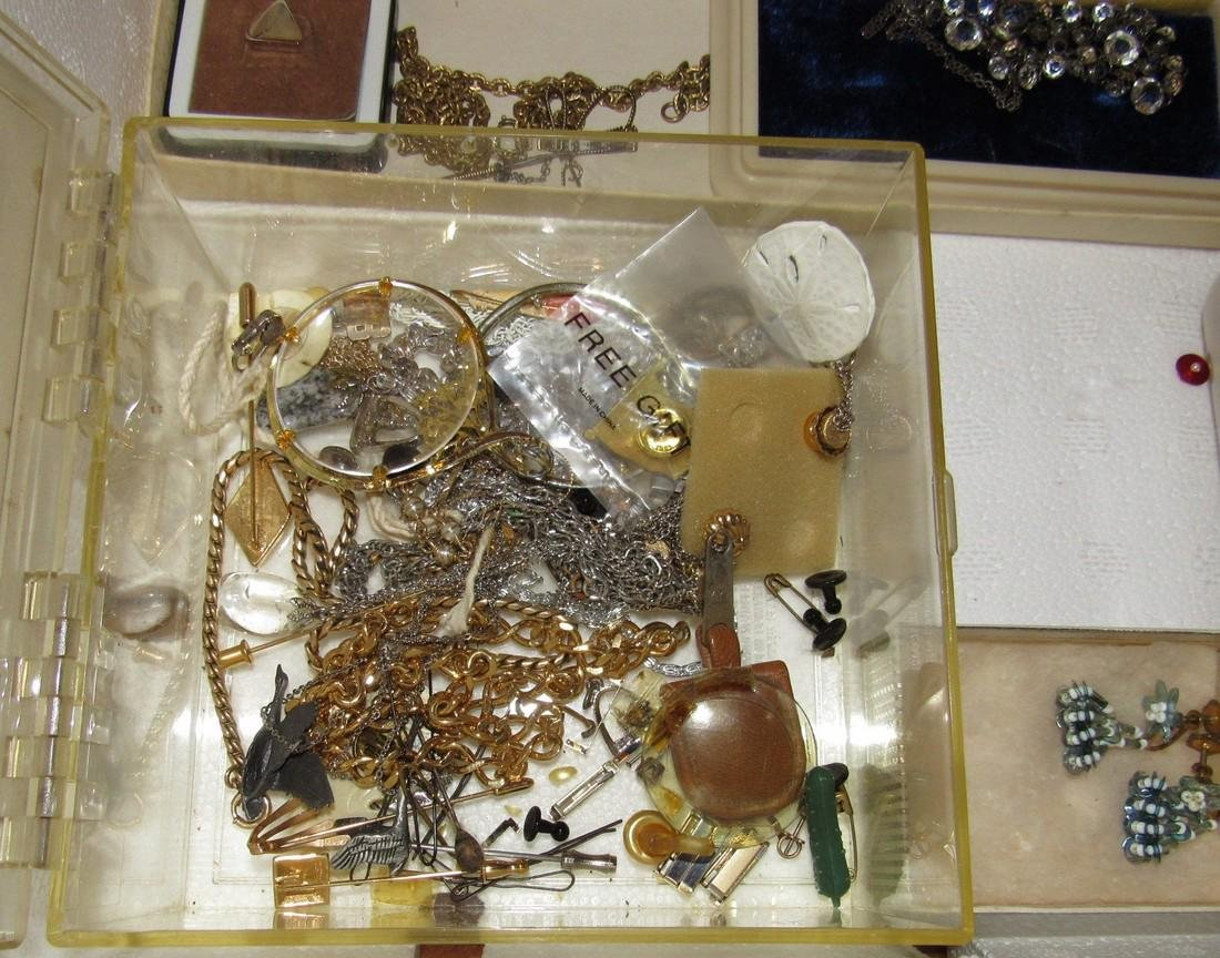 Jewelry Lot Incl Sterling Silver Earrings & Brooch - 7