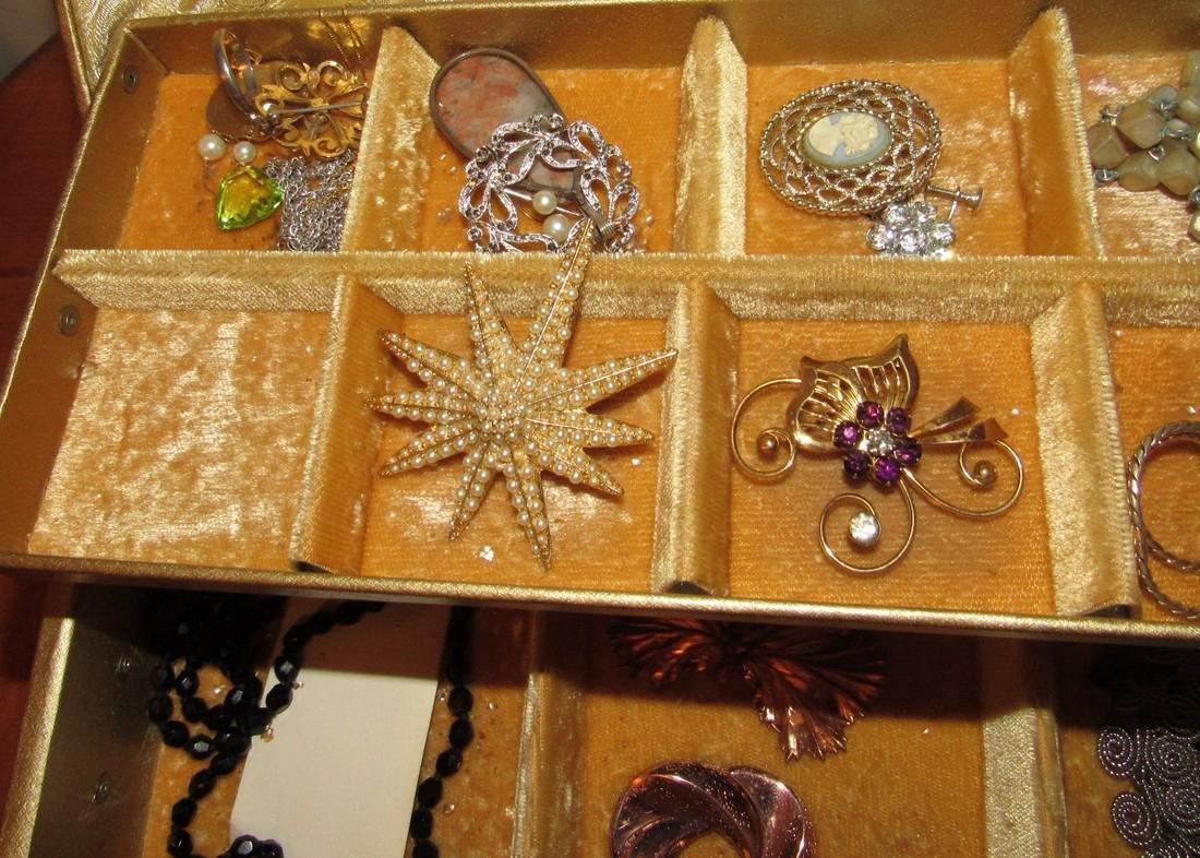 Jewelry Lot Ring Earrings Bracelets Brooches - 4