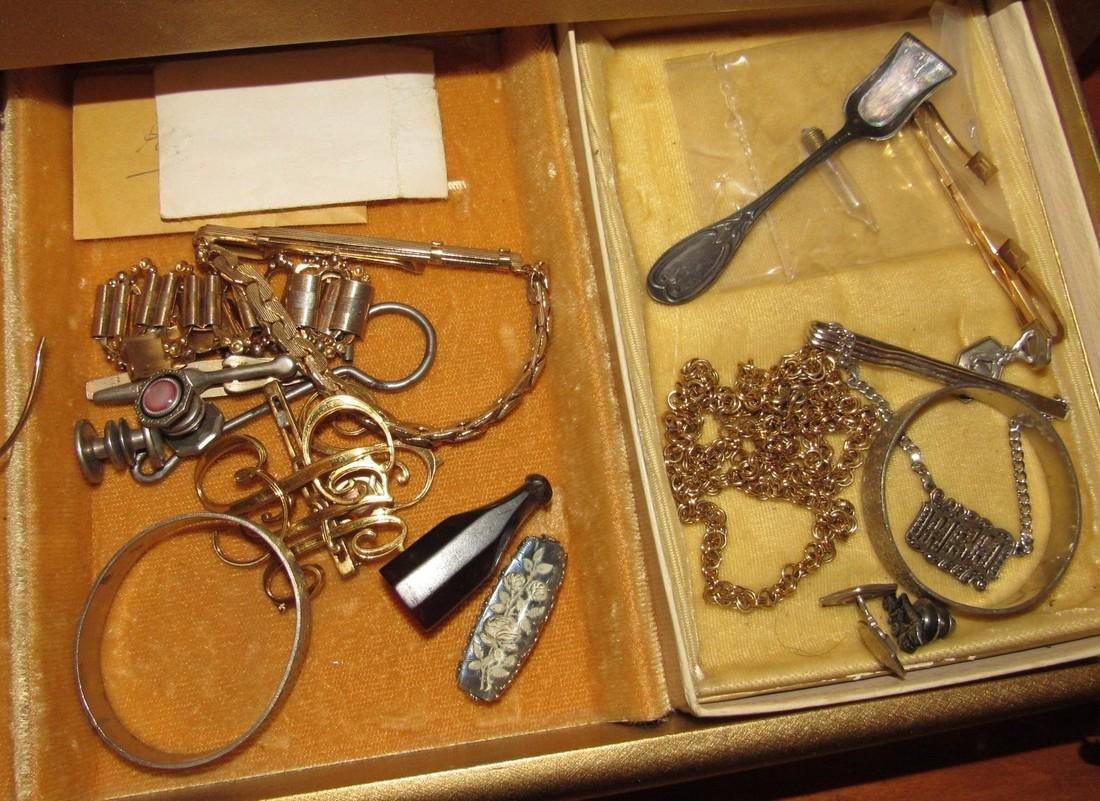 Jewelry Lot Ring Earrings Bracelets Brooches - 9
