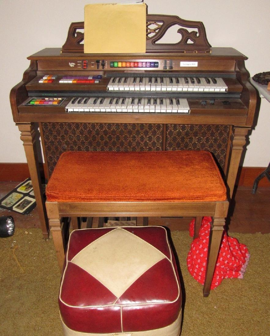 Kimball Entertainer III Organ