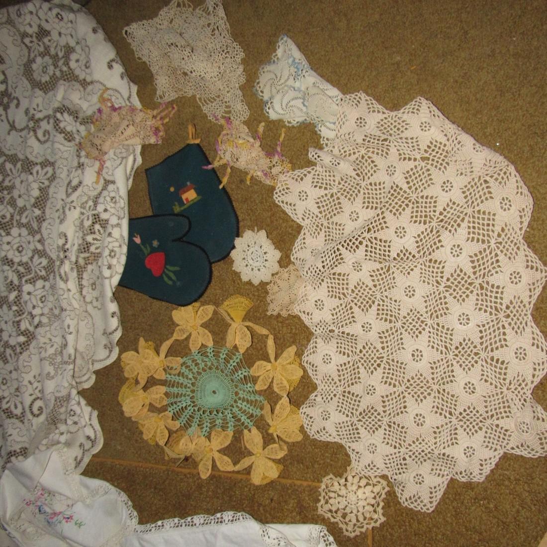 Table Cloth & Doilies Lot - 3