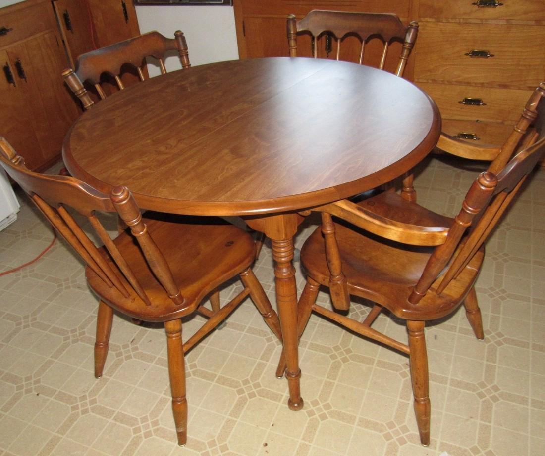 Cushman Classics Table & 4 Chairs
