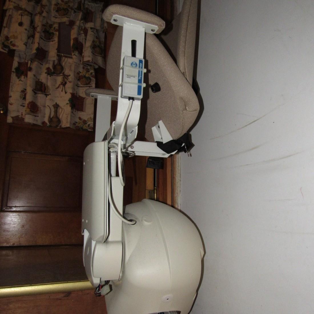 Thyssenkrup Citia Stair Chair - 3