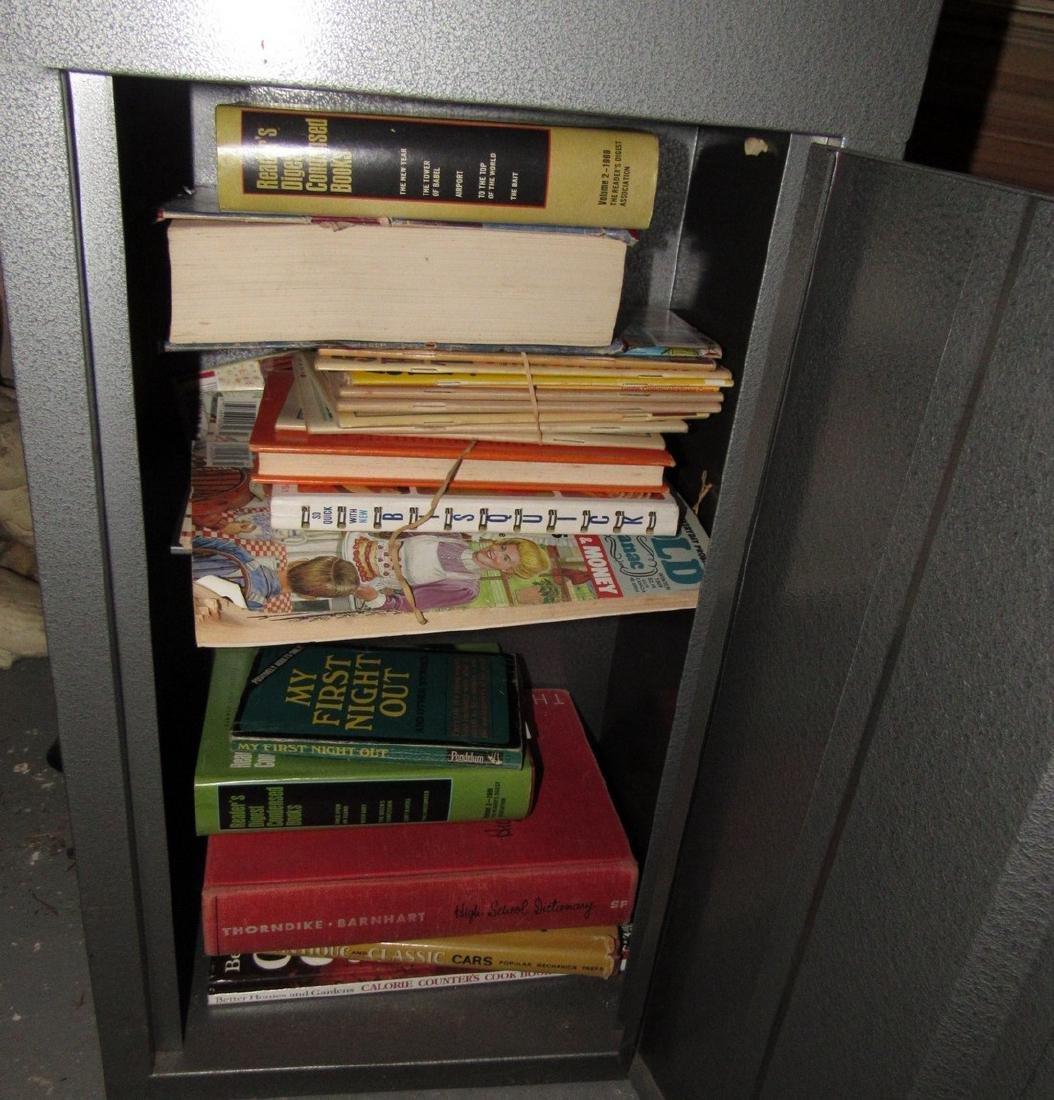 Misc Books Maps Magazines - 8
