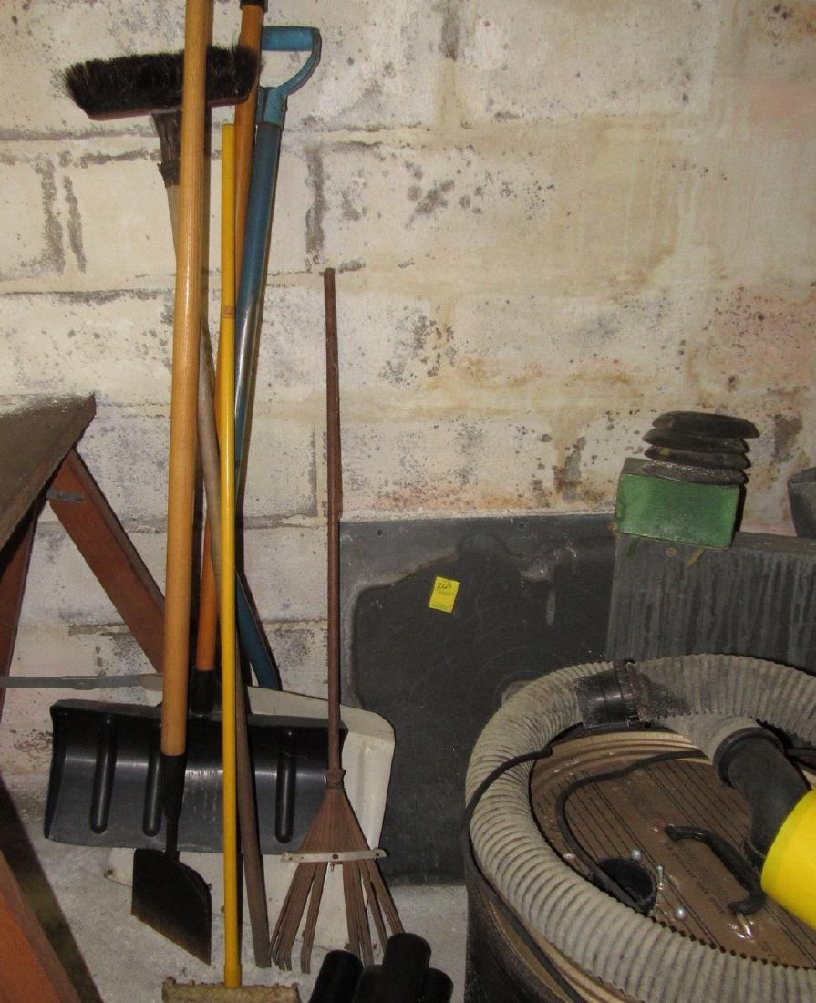 Hand Tools Shop Vac Chair Lot - 4