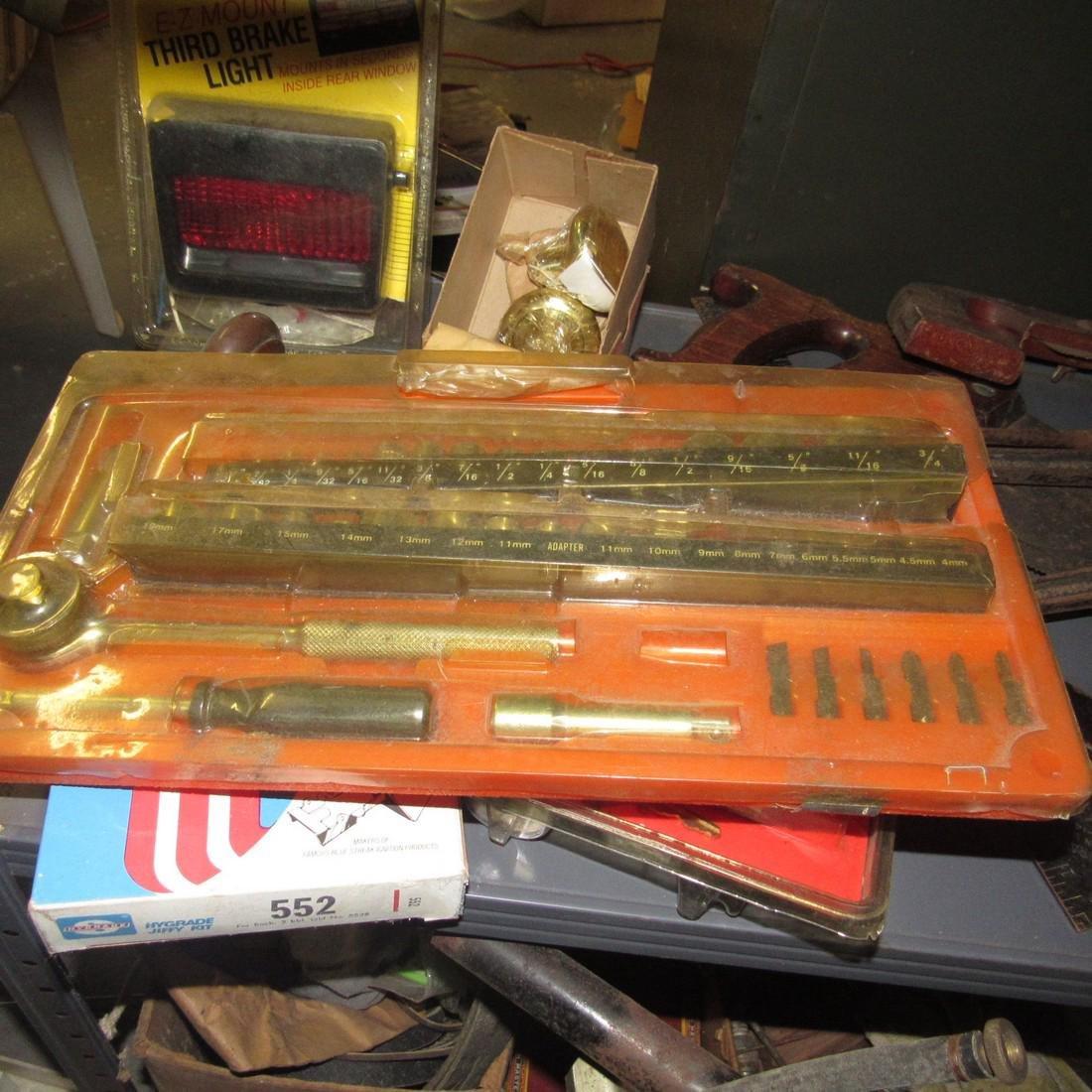 Tools Oil Cans Timing Lights Socket Sets Shelf - 10