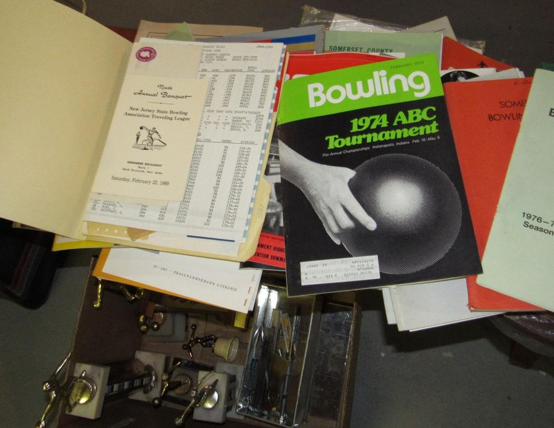 Lot of Vintage Bowling Literature Magazines - 7