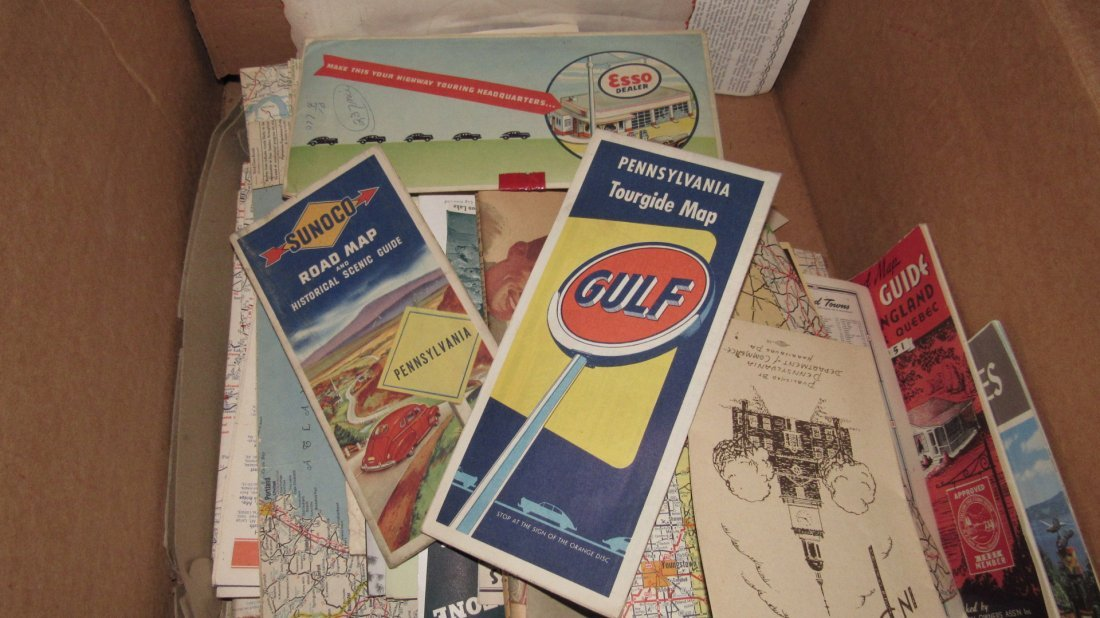 Lot of Gas Station Road Maps & Literature - 2