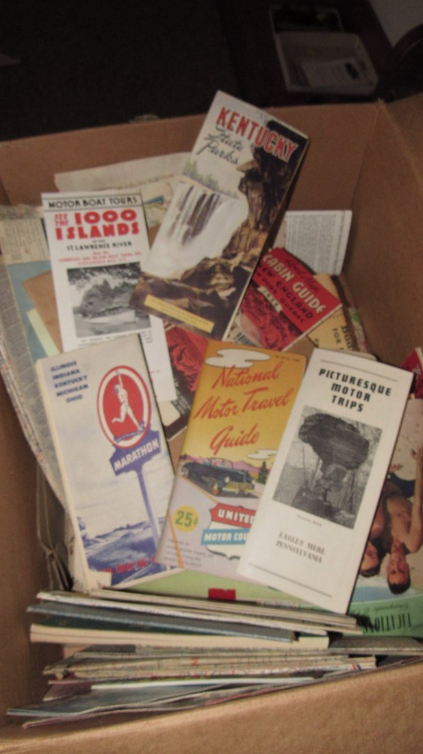 Lot of Gas Station Road Maps & Literature - 3
