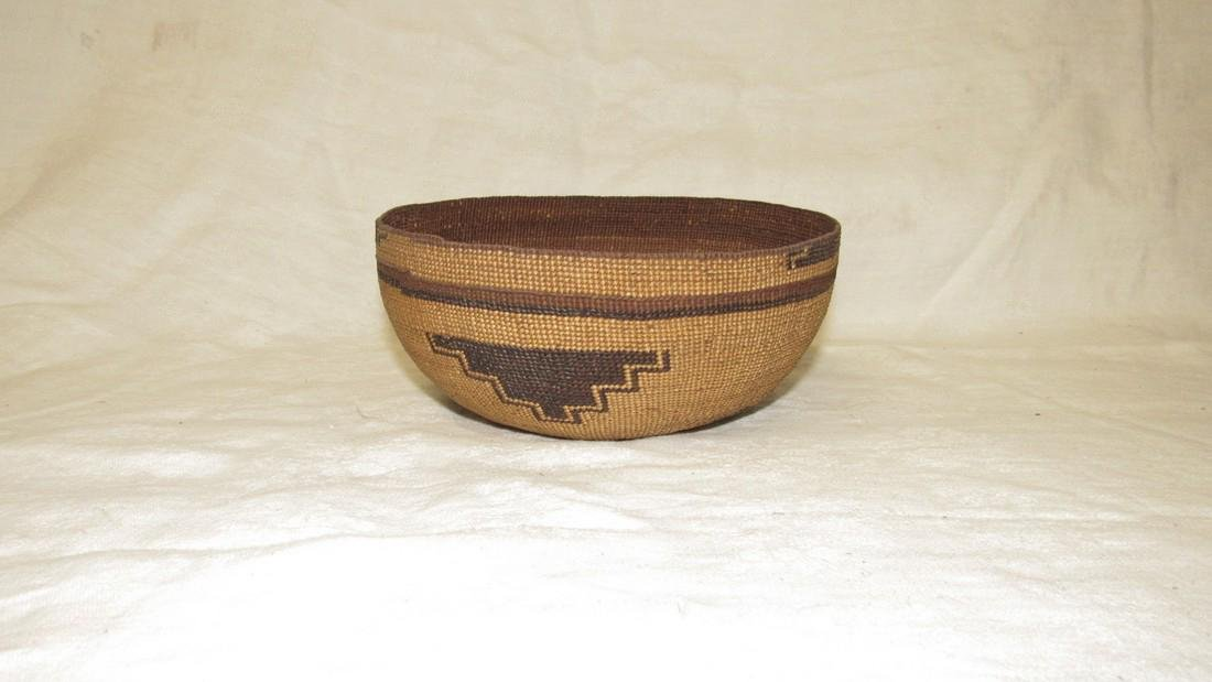 Hupa / Hoopa  Weave Indian Basket