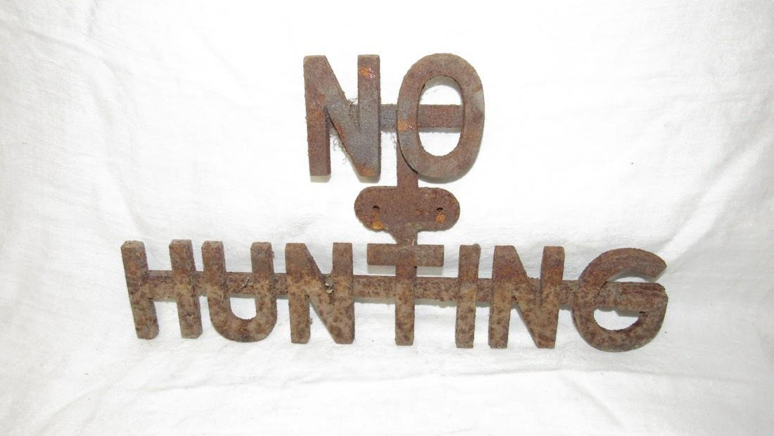 Cast Iron No Hunting Sign / Plaque