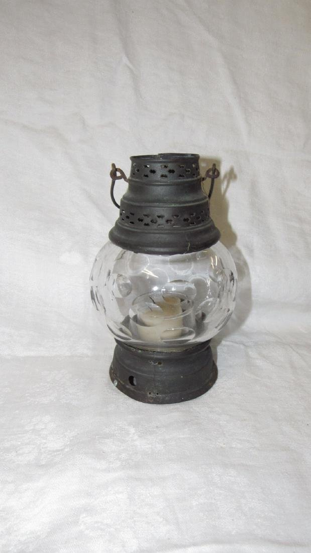 Candle Lamp w/ Great Globe