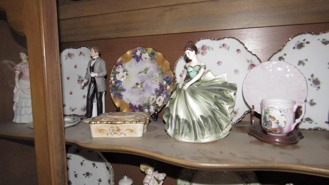 Contents of Hutch Stick Pin Holder Knick Knacks - 5