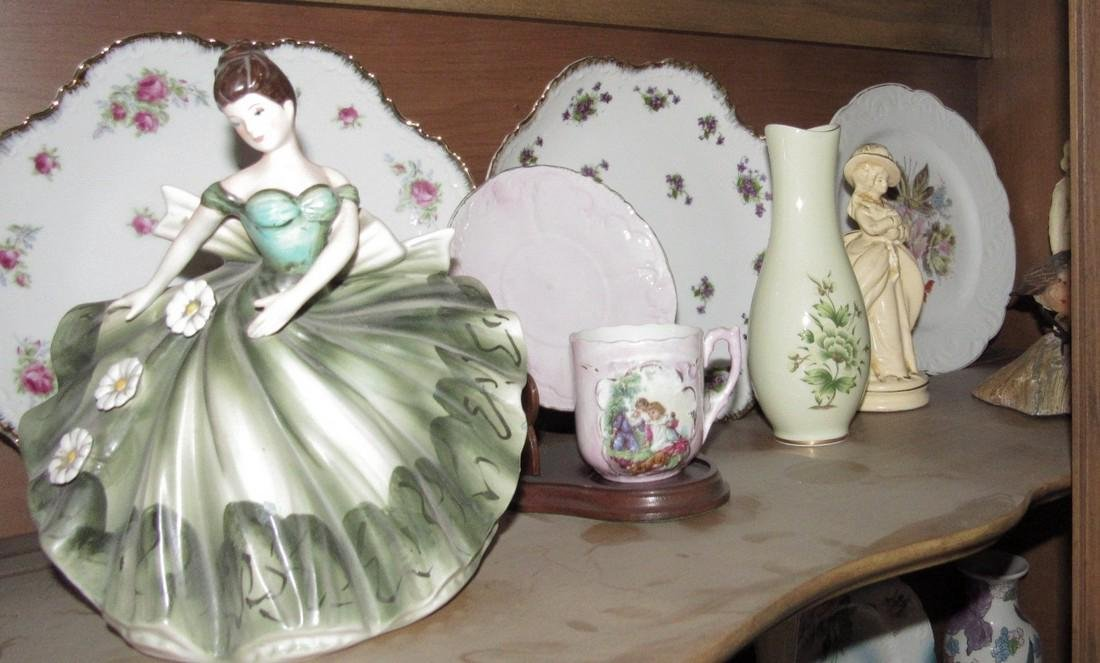 Contents of Hutch Stick Pin Holder Knick Knacks - 6