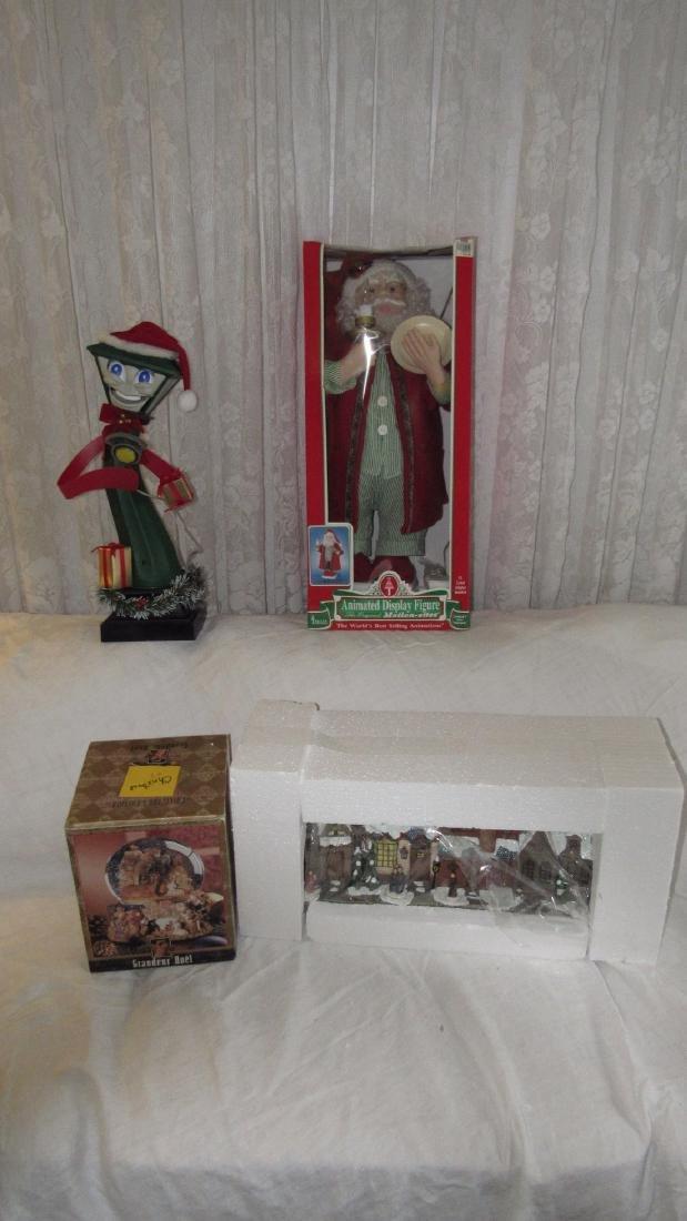 Christmas Animated Santa Lamp Post Snow Globe