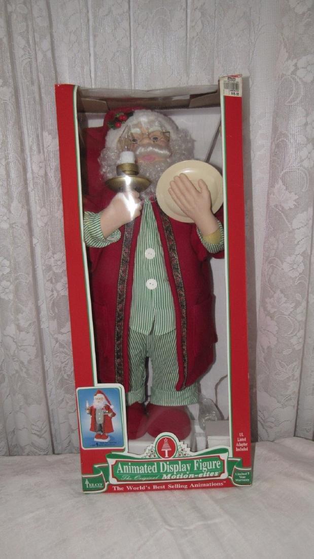 Christmas Animated Santa Lamp Post Snow Globe - 4