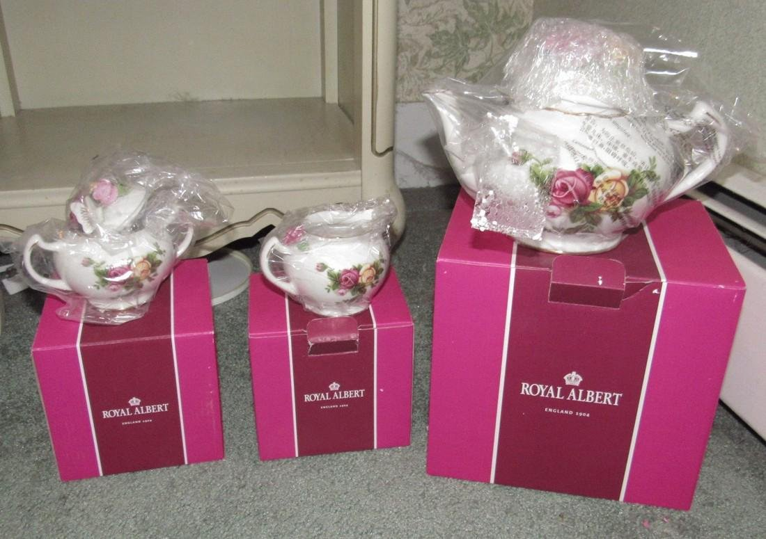 Royal Albert Old Country Roses Creamer Teapot