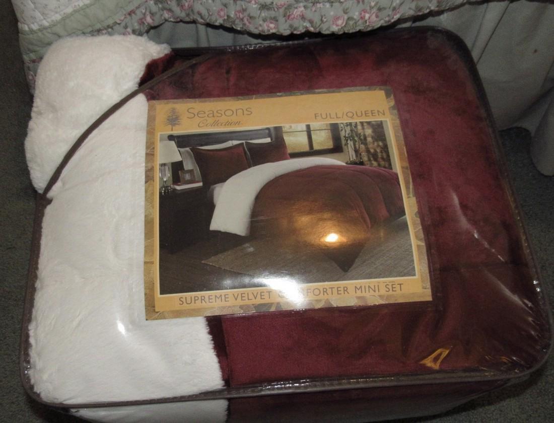 Seasons Collection Supreme Velvet Comforter