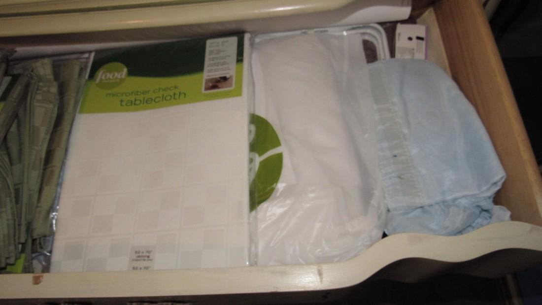 Placemats Table Clothes & Towls - 6
