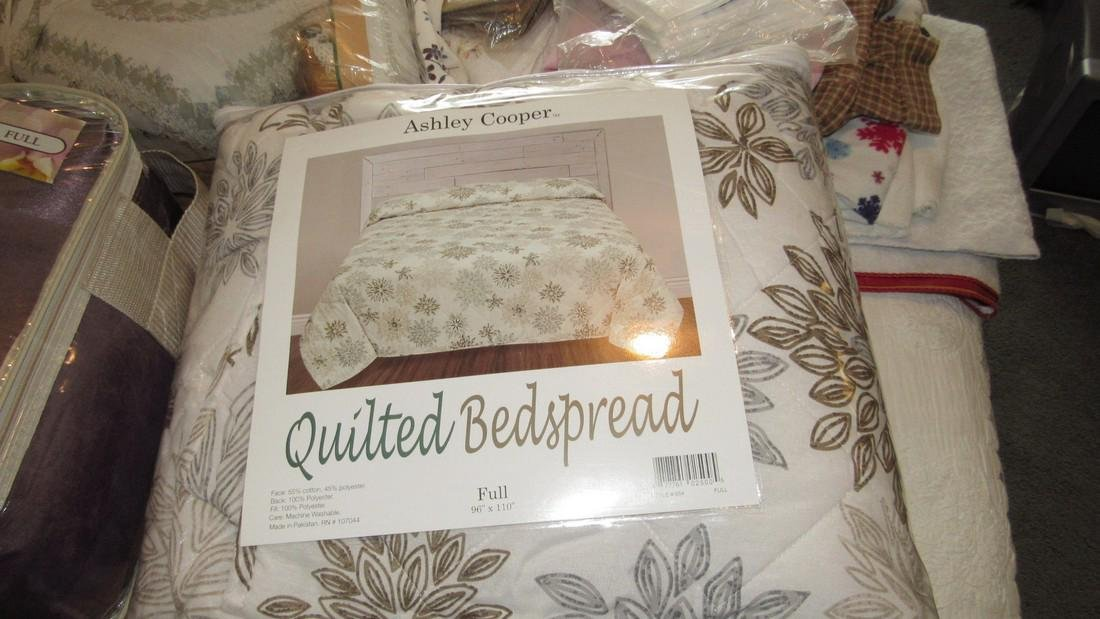Large Lot of Bedspreads / Comforters - 2