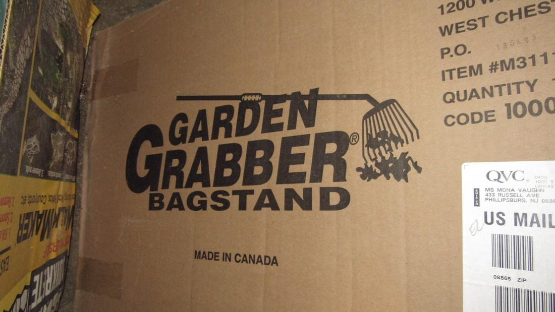 Walk Makers 2 Garden Grabbers & Bag Stand - 2