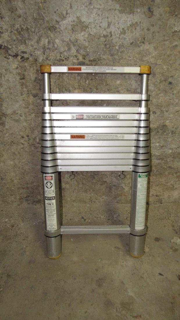 12 1/2' Telescoping Extension Ladder