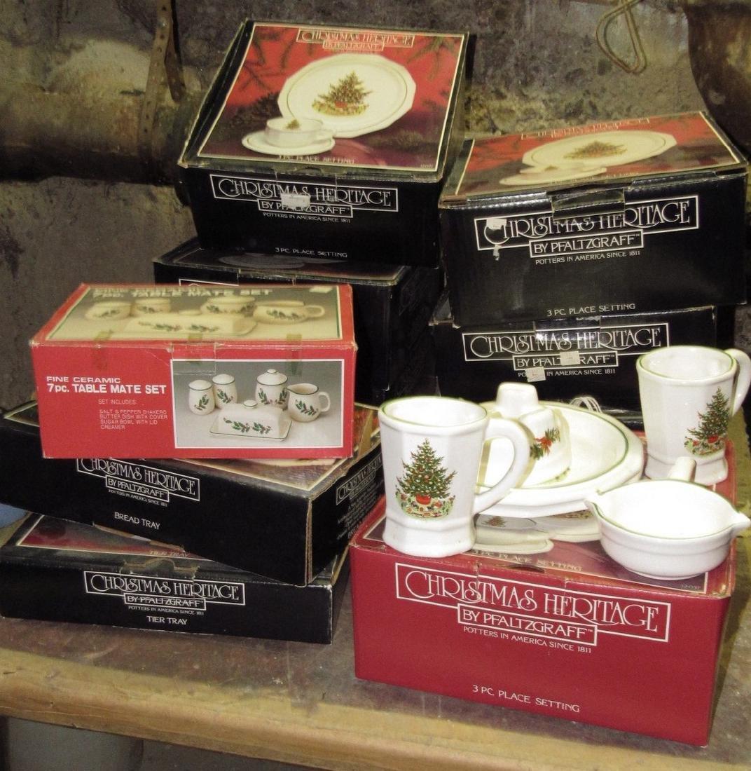 Christmas Heritage Pfaltzgraff Pottery - 4