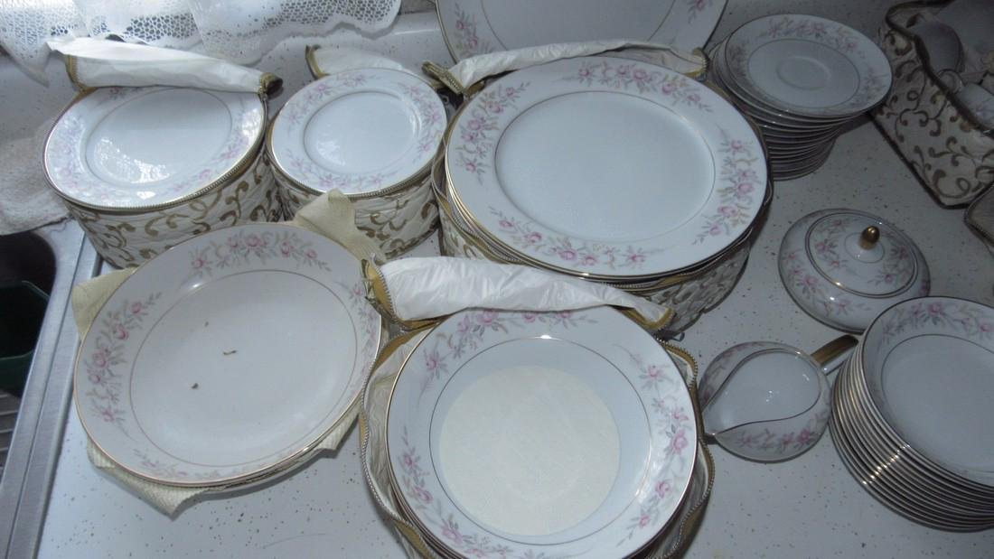 Mikas China Lois 8131 Dinnerware - 2