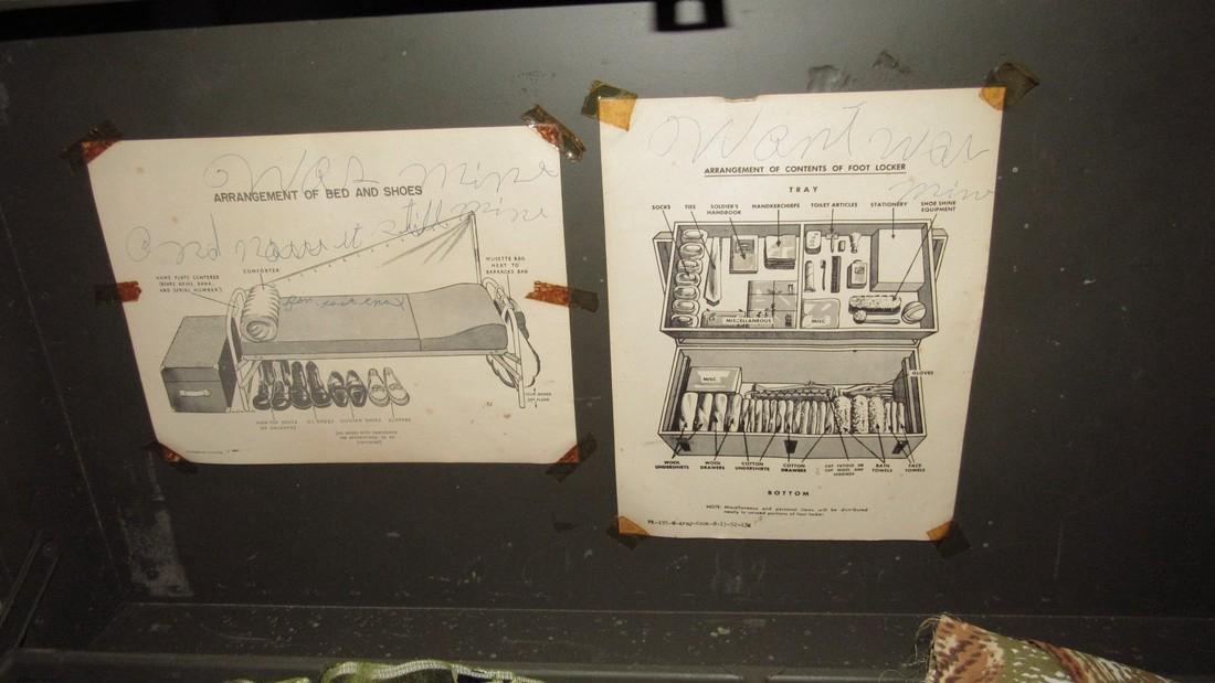 1949 Doehler Army Trunk - 4