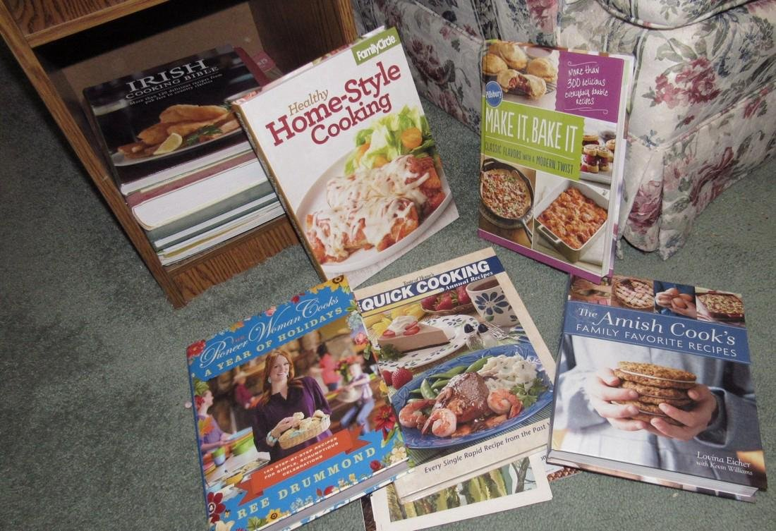 End Lamp Table w/ Cook Books - 3
