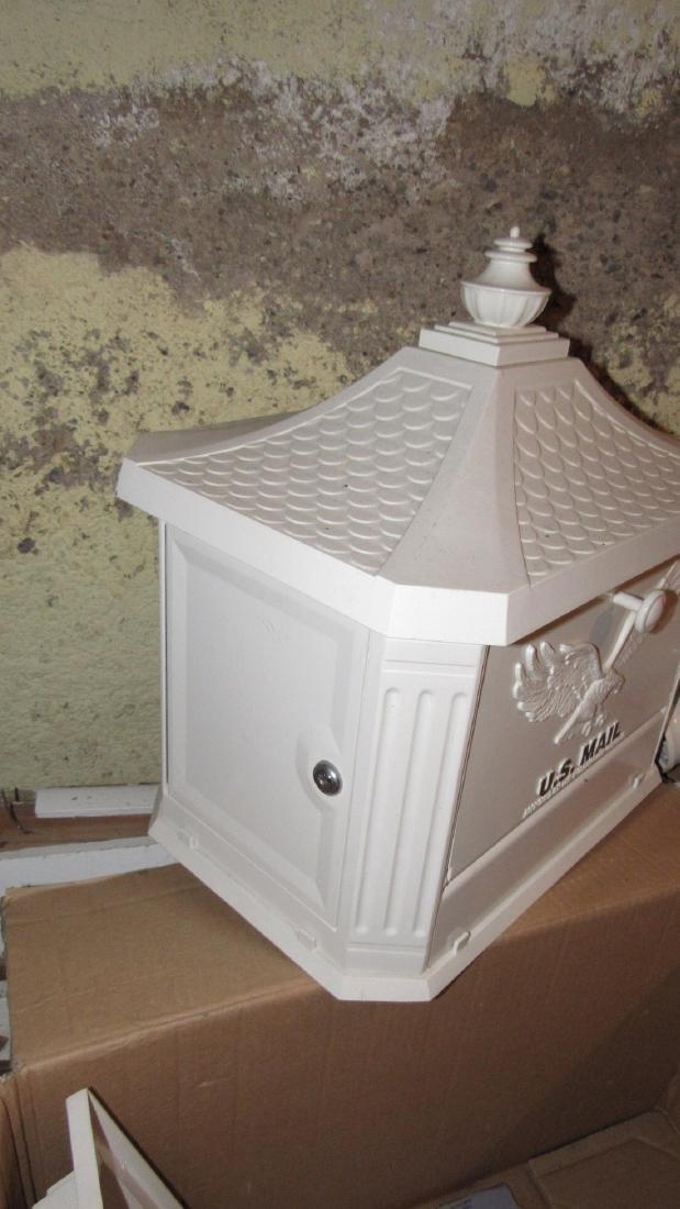 Pedestal Postal Service Security Mailbox - 3
